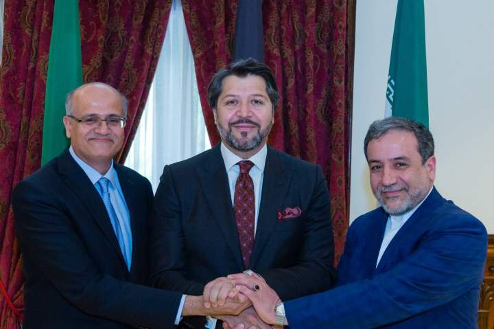 Kabul hosts first tripartite talks on Chabahar