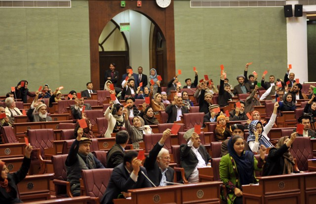 Afghan parliament to review security pact with U.S.