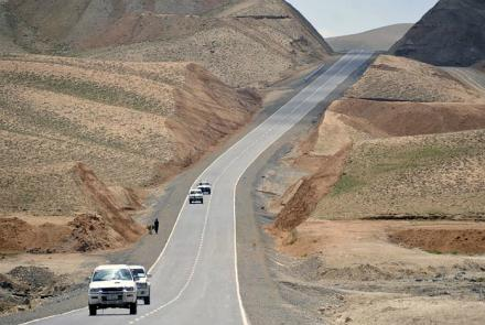 Taliban Attacks Stop Traffic on Northern Highway: Sources